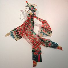 a guide to puppetry the shadow-puppet Shadow Theatre, Puppet Theatre, Chinese Paper Cutting, Chinese Element, Chinese Opera, Chinese Patterns, Puppet Crafts, Shadow Play, Shadow Puppets