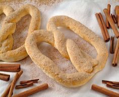 RECEITA DA VOVÓ: PRETZEL No Salt Recipes, Sweet Recipes, Cooking Recipes, Dessert Recipes, Desserts, Diy Food, Pain, Food Hacks, Love Food
