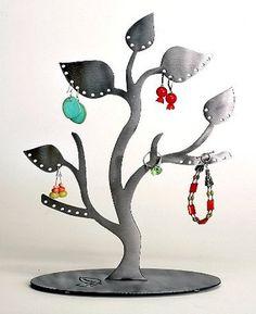Árboles: ideas para exhibidores de bisutería