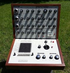 MATRIXSYNTH: EMS Putney VCS-3 Vintage Analog Synthesizer with D...