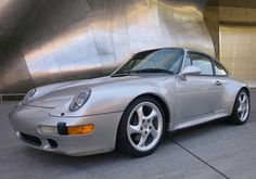 Arctic or Polar? Beautiful #Porsche 993 Carrera 2S!! #everyday993
