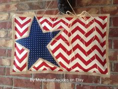 Items similar to American Flag Chevron & Burlap Door Hanger on Etsy Burlap Door Hangings, Burlap Wall, Chevron Burlap, Quilted Wall Hangings, Burlap Projects, Burlap Crafts, Craft Projects, 4th Of July Celebration, Fourth Of July