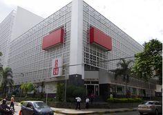 Centro Comercial el Centenario Avenida 4 Norte # 7 - 46, Y 64, Cali, Valle del Cauca