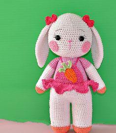 Kuklyandiya: Knitted Toys crocheted