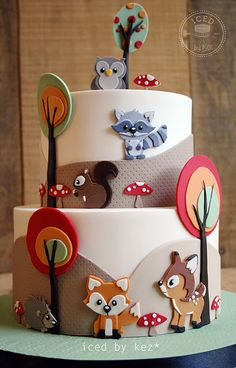 Fondant Woodland Animal Cut-Out Cake . Fondant Woodland Animal Cut-Out Cake Mehr Fondant Woodland Baby Cakes, Baby Shower Cakes, Gateau Baby Shower, Pink Cakes, Fondant Cakes, Cupcake Cakes, Woodland Cake, Woodland Party, Novelty Cakes