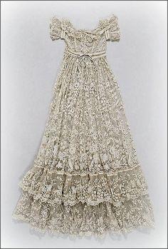 umla: (via French lace christening robe #2, ca. 1860-80 … … | Lace, Lace, La…)