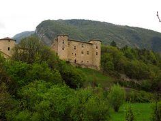 Ruines du chateau de La Charce, Drome