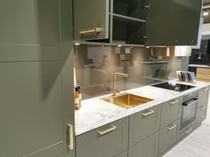 AUBO Trend Nordic kjøkken New Kitchen Inspiration, Ikea Kitchen Remodel, Arch Interior, Interior Design Kitchen, Backsplash, Kitchen Cabinets, Home Decor, Minimalism, Kitchen Modern