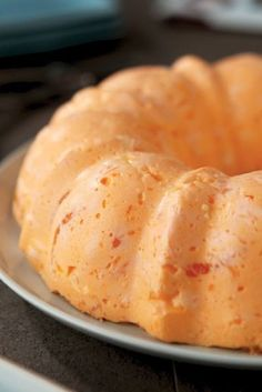 Ambrosia Mold – After just one bite of this creamy, party-perfect dessert recipe, you'll remember why it's such a staple on the potluck table! Jello Pudding Desserts, Jello Dessert Recipes, Gelatin Recipes, Dessert Salads, Fruit Salads, Salad Recipes, Shot Recipes, Potluck Recipes, Dessert Ideas