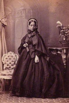 Queen Emma of Hawaii    by Camille Silvy  albumen print, 16 September 1865