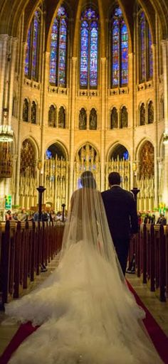 We get many photos from our brides, most of them seems like scene from a movie ... look at this for example