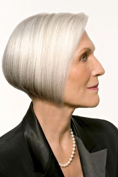 Close Models - Model Gallery of Female Models from the Leading UK Model Agency in London - Model Card for Maye Musk