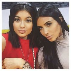Kylie n Kim lowkey becoming twins