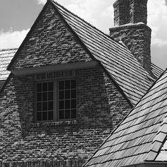 bradleyeheppnerarchitecturellc (@bradleyeheppnerarchitecture) • Instagram photos and videos Contemporary Farmhouse Exterior, Louvre, Photo And Video, House Styles, Building, Shallow, Instagram, Design, Videos