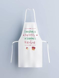 Christmas apron for women – Baking apron white with printed quotes makes funny ideas for 2019 gifts for your sister. Funny apron sayings - Easy Crafts for All Trending Christmas Gifts, Easy Diy Christmas Gifts, Mother Christmas Gifts, Christmas Aprons, Christmas Trends, Christmas Kitchen, Xmas, Christmas Candy, Homemade Christmas