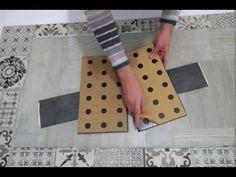 Renovar el suelo de la cocina con losetas de vinilo - Hogar Treinta y...