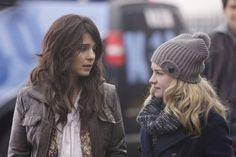 Shiri Appleby and Brit Robertson in a wonderful show that was cancelled =Life Unexpected