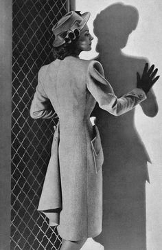 A lovely coat and hat seen from the back, 1946. #vintage #1940s #fashion