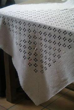 plaid au crochet en coton, motifs ajourés