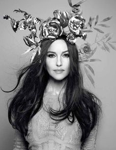 Angel Amor: HUNGER MAGAZINE / Monica Bellucci Photography by Rankin Angel Amor headpiece for Elisa Palomino as Monica Belucci's fotosession for Hunger magazine Monica Bellucci, John Rankin, Hunger Magazine, Italian Actress, Cute Celebrities, Beautiful Women Pictures, Black And White Pictures, Fashion Pictures, Vanity Fair