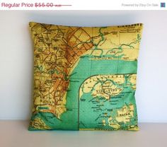 Cushion cover pillow with vintage map of Singapore, wonderfully detailed and surrounded by a beautiful green ocean. These map cushions are great