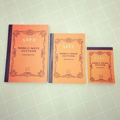 【ノート】LIFE大¥900、中¥800、小¥300/メモ帳やスクラップブックとしても使える、方眼ノートです。