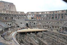 Ngedate nya jalan2 ke colluseum Roma. Hihiwww #PasanganSehati