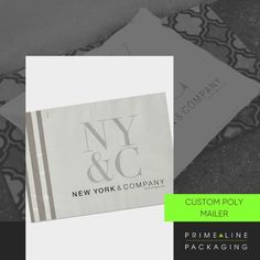 Mailers come in all sizes and can be as minimalist or as embellished as the store they represent. You are the one who chooses! 🛍️ Since mailers lay flat, they can be customized on both sides with brand logos, colors, and various films such as LDPE, HDPE, MDPE, and coextruded plastic. Warning: don't limit yourself to the types of ink that can be used! ✨ Click on the link below and check out all our options! 📲 Packaging Services, Packaging Supplies, Custom Packaging, Retail Packaging, Packaging News, Enterprise Business, Custom Printed Boxes, Print Box, Brand Promotion