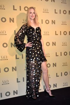 Nicole Kidman at the Lion Film Premiere, Paris (10 February, 2017)
