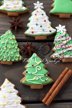 Miękkie pierniczki z ciasta dojrzewającego Christmas Sugar Cookies, Christmas Sweets, Christmas Cooking, Christmas Goodies, Xmas, Fondant, Cookie Swap, Easy Halloween, Cookie Decorating