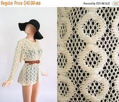 Vintage Cream Lace Crochet Mini Dress Top / Net Slouchy Jumper / Beach Cover Up / Boho Slouch Oversized Shirt / Net 90s Hippie Revival