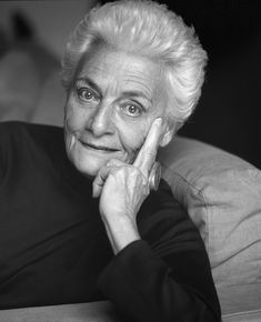 Zorz (Georges) Sari ,  1925 - 2012  Greek novelist, children's book wrter, actress. The Lie, Ninette, The Tight Shoes, Letters from Odessa, The Carousel. Black And White Face, Greek Culture, Writers And Poets, Greek Art, Important People, I Love Books, Portraits, Black And White Photography, Childrens Books