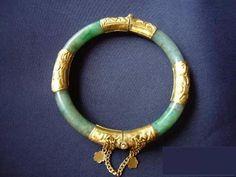 修复欣赏: China Jewelry, Jade Jewelry, Gems Jewelry, Jewlery, Jewelry Accessories, Jade Bracelet, Bangle Bracelets, Designer Bangles, Jade Ring