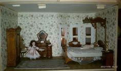 Bespaq Belmont Bedroom Set in walnut.