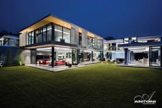 Contemporary Luxurious Home by SAOTA, South Africa