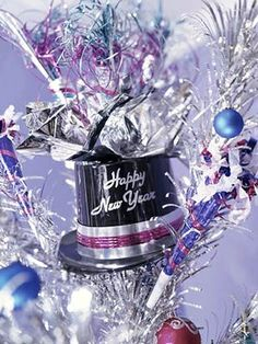 New Year's Eve Centerpieces by HolidaysCentral