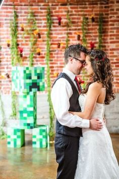 Minecraft Wedding! Yupp this would have been me and colton!