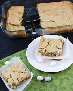 Mini cadbury eggs make these blondies one of my favorite desserts ever and perfect for Easter #lmldfood