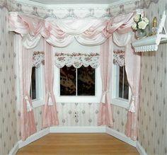 Как сделать в кукольном домике окна