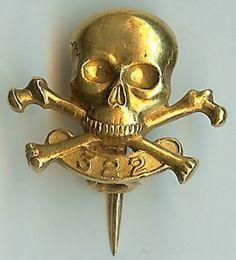 Skull & bones society - Yale University