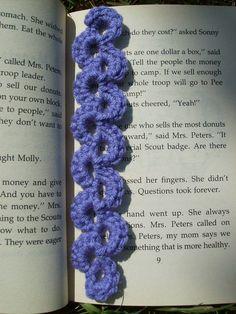 Easy Scalloped Crochet Bookmark Pattern