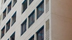 Nuestra malla no altera la fachada del edificio.