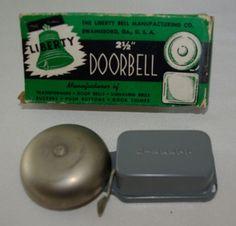 vintage battery or transformer liberty doorbell in original box - Doorbell Chimes