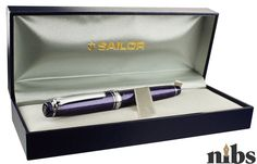 Sailor Pro Gear Slim Purple Cosmos Sailor Pens, Penmanship, Painting Tools, Cosmos, Bring It On, Pen Pals, Slim, Japan, Fountain Pens