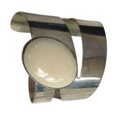 Aaron Rubinstein Sterling Silver Mod Bracelet ($500) ❤ liked on Polyvore featuring jewelry, bracelets, sterling silver jewellery, bracelet jewelry, vintage bangle, vintage sterling silver bracelet and vintage sterling silver jewelry