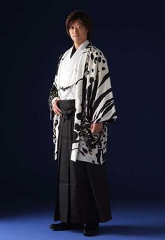 Japanese wedding costume for men, one of many on this website パンテール・オム