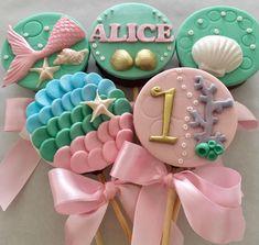 Fondant Cake Toppers, Fondant Cupcakes, Cupcake Toppers, Mermaid Birthday, Unicorn Birthday, Milk Shakes, Mermaid Cupcakes, Sea Cakes, Mermaid Party Decorations