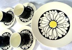 Hey, I found this really awesome Etsy listing at https://www.etsy.com/listing/183135197/mid-century-mod-its-a-daisy-royal-china