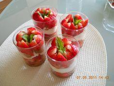 Aardbeien-tiramisu In Een Glaasje recept | Smulweb.nl