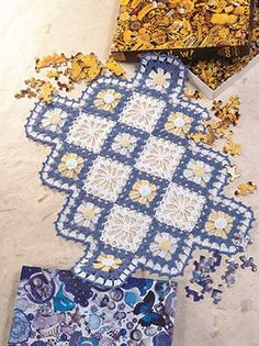 "Spiderwebs Among the Daisies, part of Crochet World's FREE Doily of the Month. Get the download here: http://www.crochet-world.com/doily.php?id=5 ""Like"" the Crochet World Facebook page so you don't miss a single monthly installment: https://www.facebook.com/CrochetWorldMag"